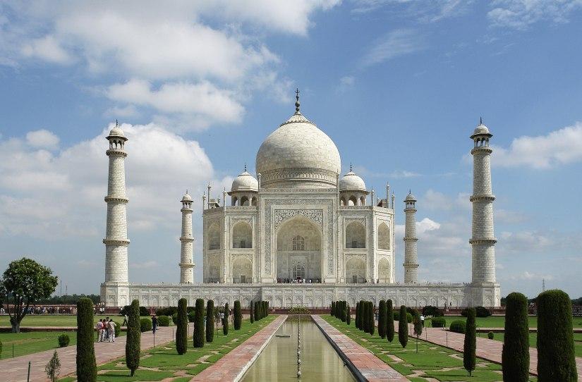 2560px-Taj_Mahal_(Edited)