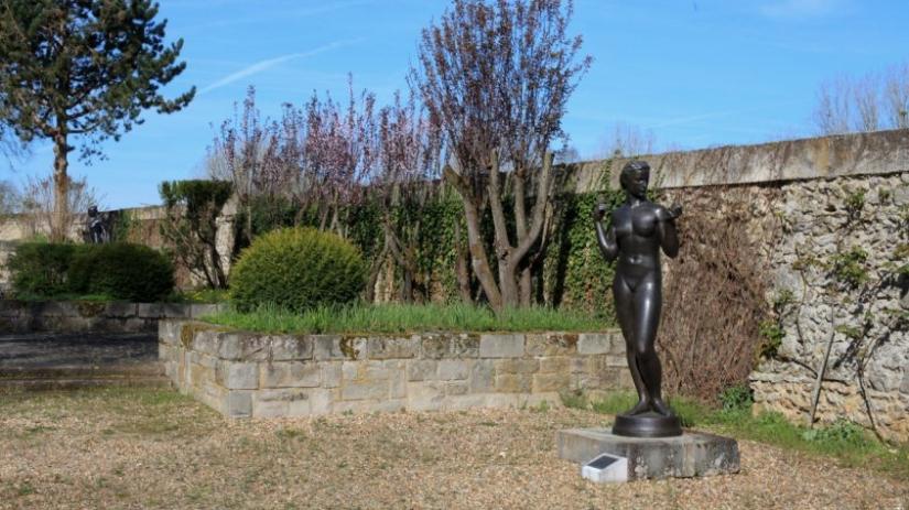 fondationdecoubertin-sculptures-16-845x563.jpg