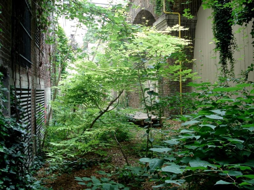2002_palais_de_tokyo_10_2008